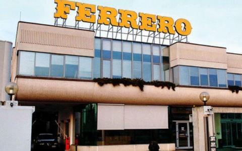 La-Ferrero-ad-Alba_h_partb